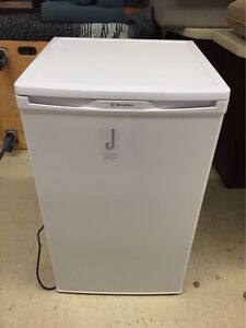MINI FRIDGES FOR SALE (OVER 100 UNITS IN STOCK) Logan Central Logan Area Preview
