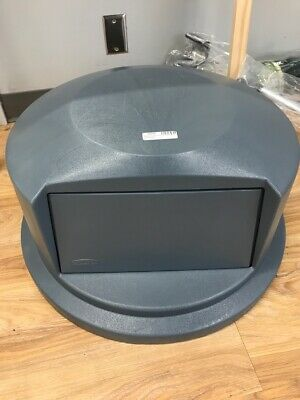 Rubbermaid Commercial Heavy-Duty BRUTE Dome Swing Top Door Lid