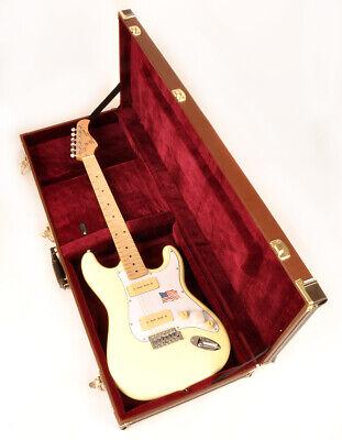 Douglas Case for Fender Strat Stratocaster or Tele Telecaster EGC-300 ST BRN
