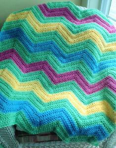 crochet-baby-blanket-afghan-chevron-ripple-handmade-VANNA-WHITE-summer-multi