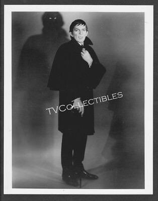 8x10 Photo~ DARK SHADOWS ~1960s TV ~Jonathan Frid w glowing eyes on wall ~Horror