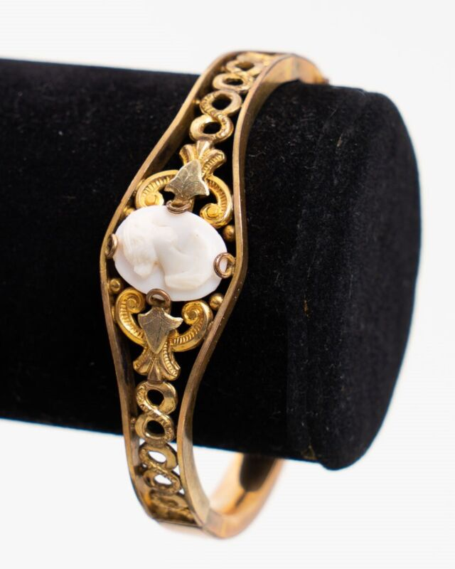 Antique Art Nouveau Gold Filled Carved Shell Cameo Bracelet S.O. Bigney & Co