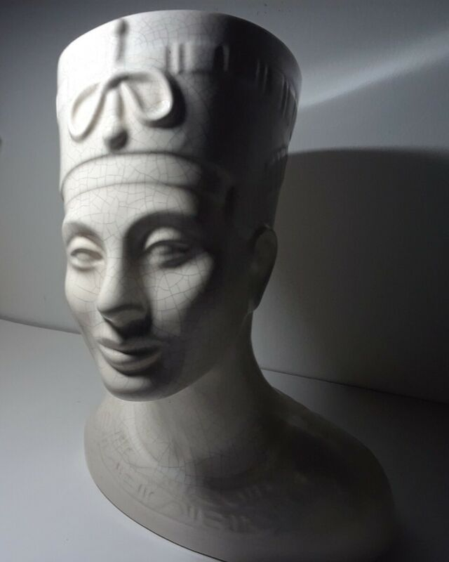 Vintage 1966 Queen Nefertiti Bust