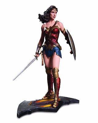 DC Collectibles Batman v Superman : Dawn of Justice : Wonder Woman Statue