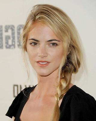 Emily Wickersham 8X10 Photo 002