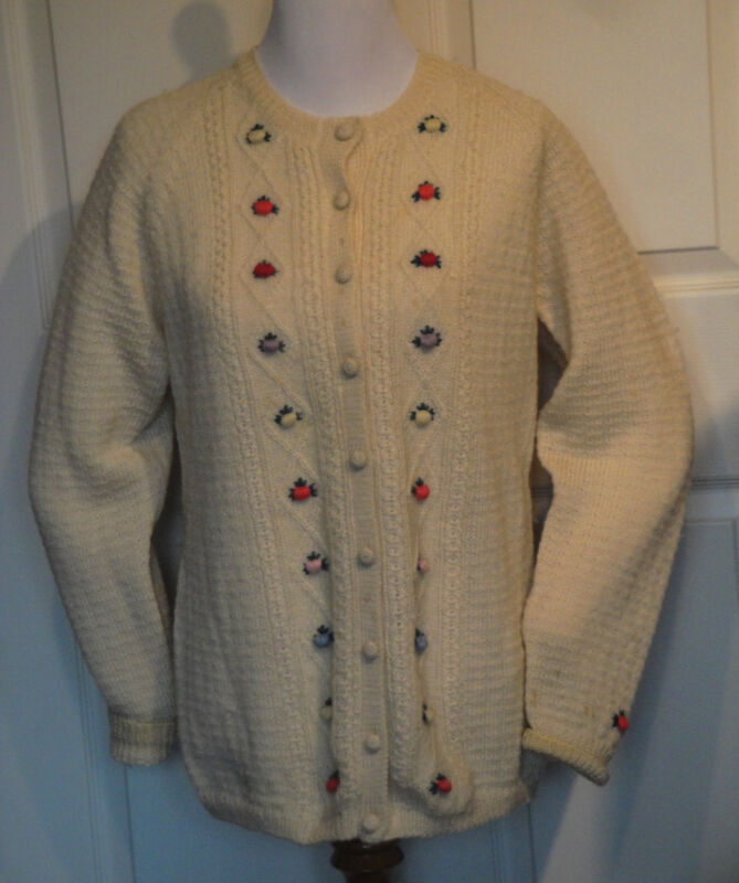 Vintage Winter White Crocheted Wool Sweater Yard Rosebuds XL B40