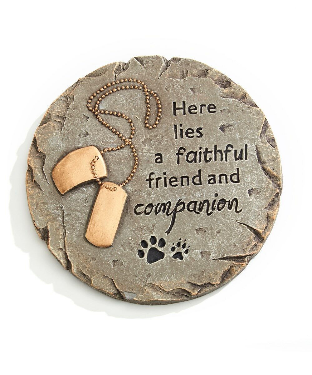 Round Memorial Pet Stepping Stone Or Wall Plaque W Sentiment Dog Tags Cement - CA$34.99