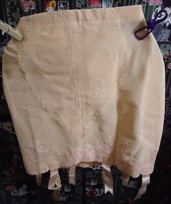 NOS Vtg Peach Vanity Fair 70s Lace Panty Open Girdle S Waist 21 Metal Garters US