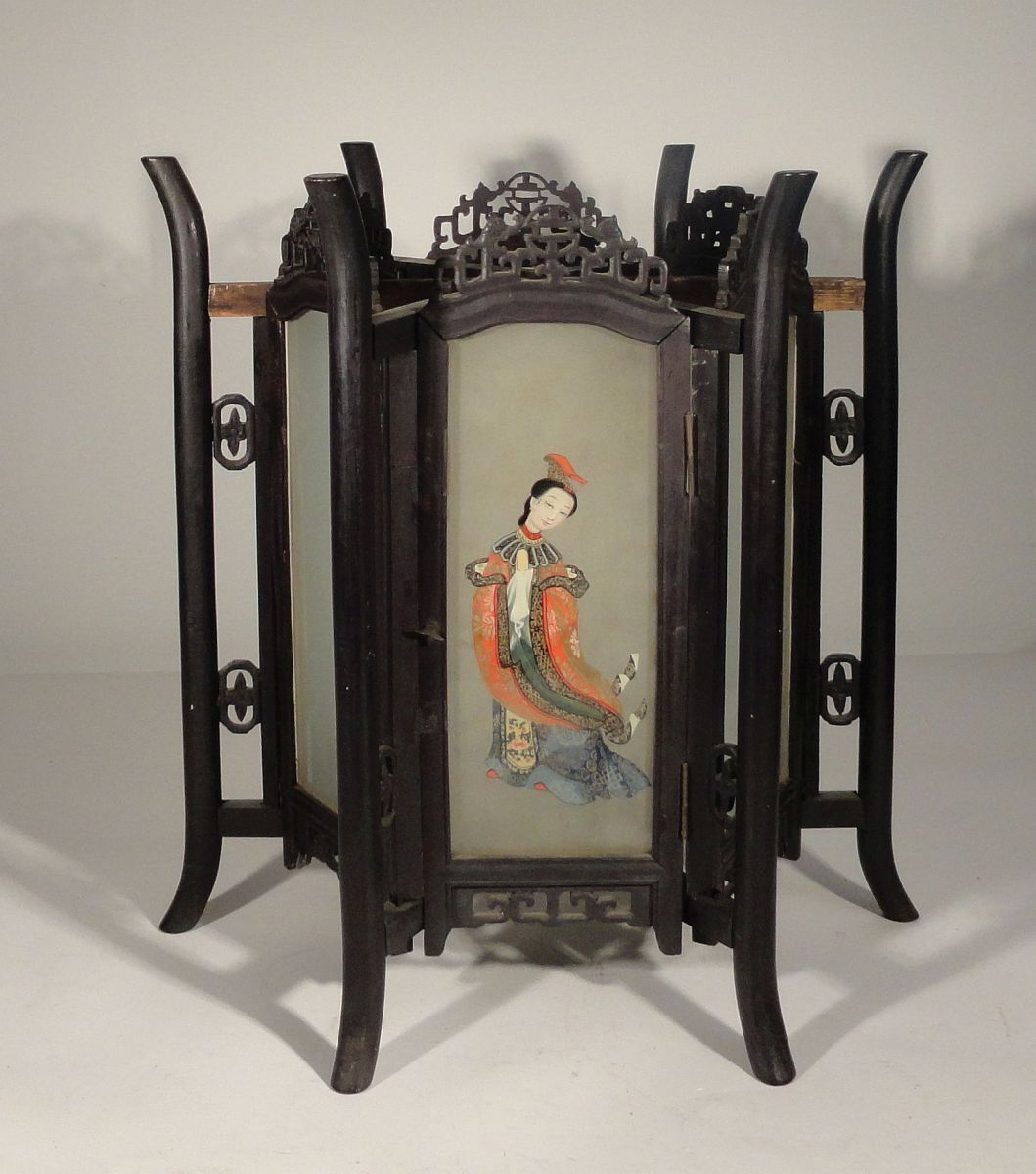 Купить Antique Chinese Carved Zitan Lantern Hardwood Glass Panels Ladies Lamp