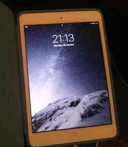 iPad Mini 32gb White/Silver Toorak Stonnington Area Preview