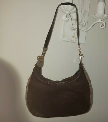 Gucci leather lined womens vintage (1960s) shoulder strap  handbag with zip
