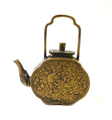 Chinese Bronze Metal Motif Engraving Teapot Display cs997-18