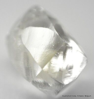 I VS1 1.04 CARAT ROUGH DIAMOND OUT FROM A DIAMOND MINE. NATURAL DIAMOND MACKLE