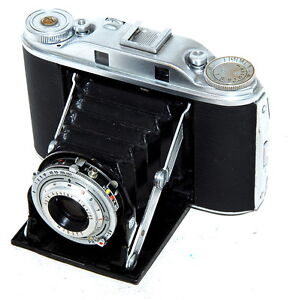 AGFA-Isolette-III-Folding-Film-Camera-With-Apotar-85mm-F4-5-Lens-Good