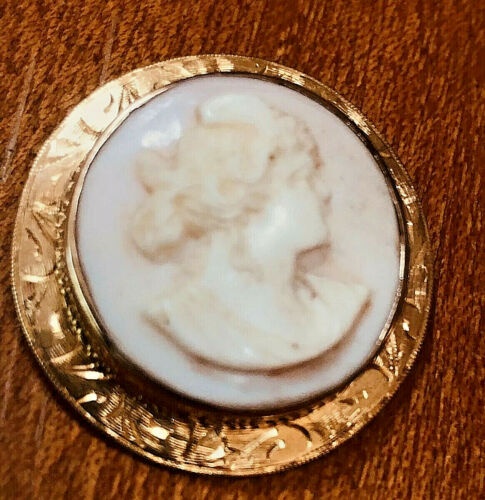 REDUCED!. Antique Pink Coral 10 kt Gold Cameo Woman