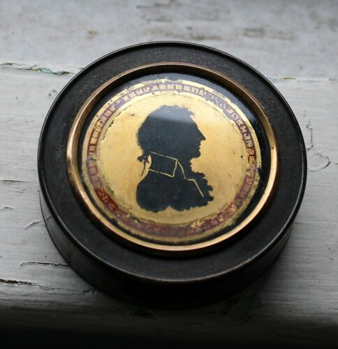 Early 19th c. Horn Snuffbox with Inlaid Image of a Gentleman in a Frock Coat