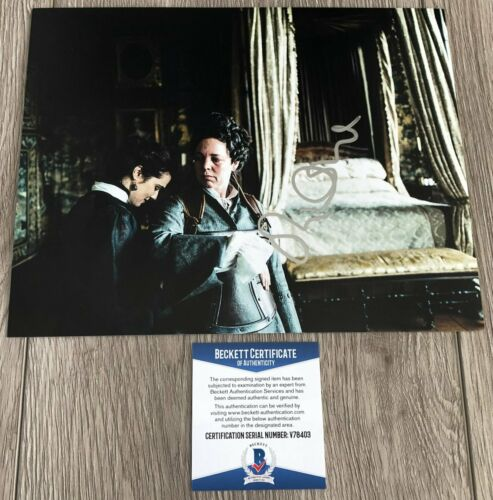 OLIVIA COLMAN SIGNED THE FAVOURITE CROWN 8x10 PHOTO A w/EXACT PROOF BECKETT COA