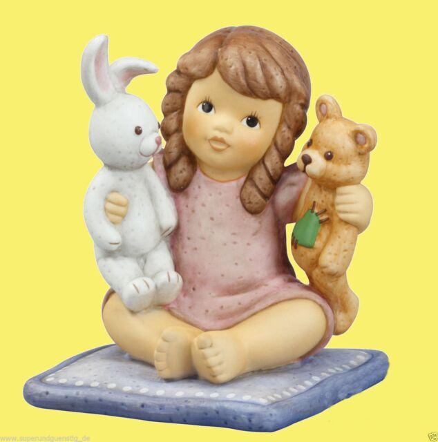 Goebel Nina & Marco Porzellanfigur - Lustiges Spielen - Nina mit Teddy 11740503