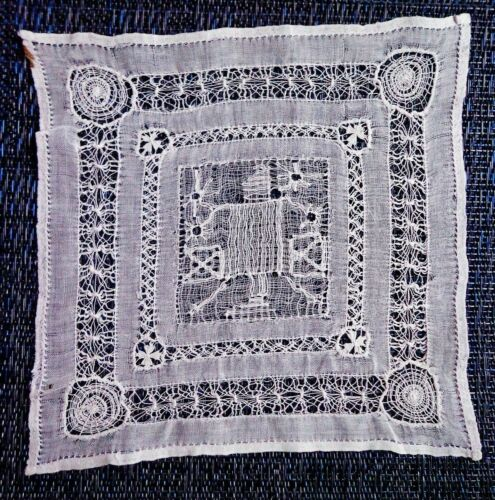 RARE FIND Antique Handmade Lace MEXICAN DESHILADO Drawn Work Doily