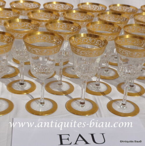 Water glass 7inch in crystal Saint - Louis - Thistle gold in perfect condition