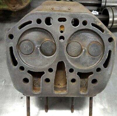 John Deere B Tractor Engine Cylinder Head 1784 B1784r Styled Unstyled A G 50