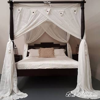 Seaside Hand Carved Four Poster Walnut Bed - Queen