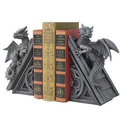 Design Toscano CL55773 Gothic Castle Dragons Sculptural Bookends