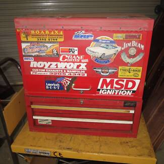 Mechanic's toolbox with mainly Sidchrome tools