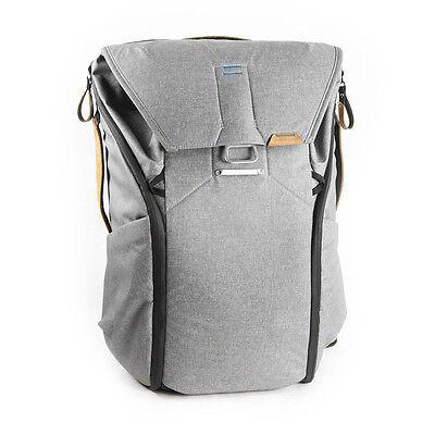 Peak Design Everyday Backpack 30L Ash. Premium Camera Rucksack.