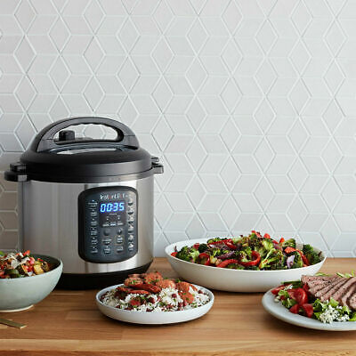 Instant Pot DUO 60 SV 60, 9-in-1 Electric Pressure Cooker. 6 litre + Accessories