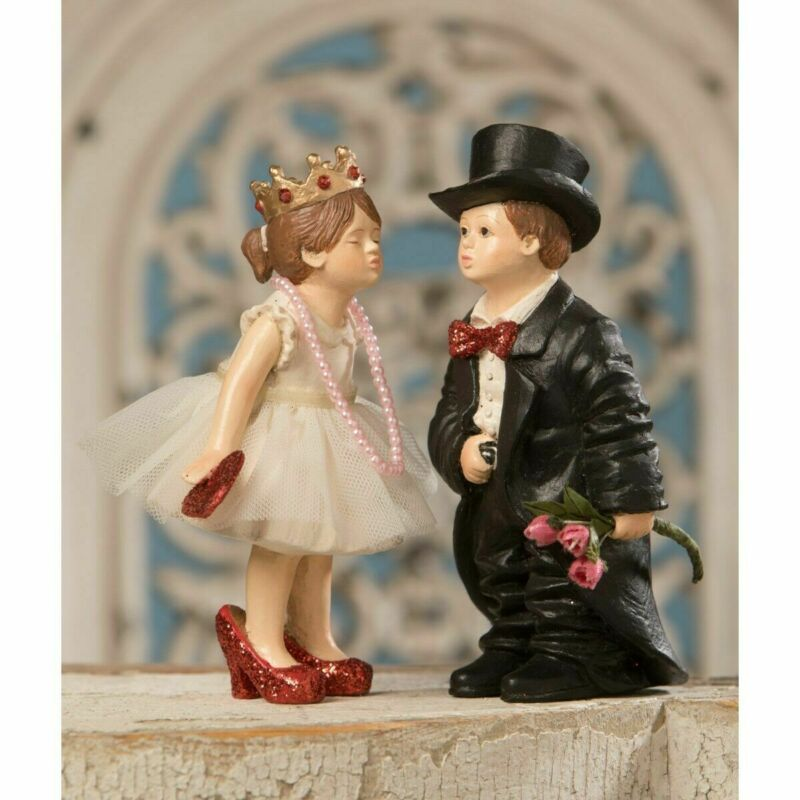 Bethany Lowe Valentine Kiss Valentines Day Decor Figurine Set/2 Free shipping
