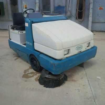 Tennent Ride-on Floor Sweeper Model 6600 Lp Powered
