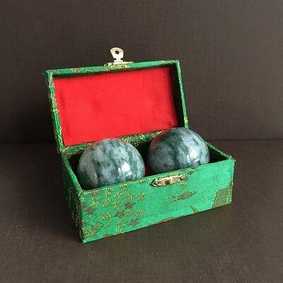 Qi-Gong Kugeln aus Jade Heilkugeln Gesundheit Kugeln Massage Steinkugel 50 mm
