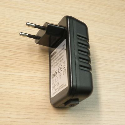 Steckertrafo mit LS-Buchse 24 Volt Netzteil Trafo AC Adapter 24V/4,8VA, 200mA