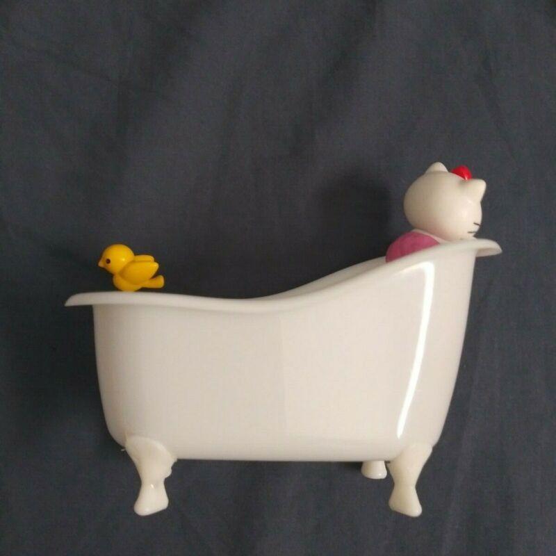 sanrio hello kitty mini bathtub trinket jewelry pencil holder used