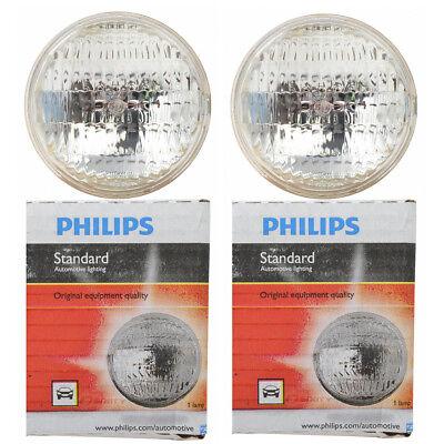(Two Philips Standard Sealed Beam Light Bulb 4411C1 for 4411 PAR-36 12.8V 35W ht)