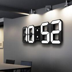 Loskii Digital 3D LED Wall Desk Clock Alarm Clock Snooze 12/24 h Display