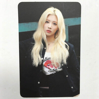 KimLip Official Photocard MONTHLY GIRL - Mix& Match Repackage Odd Eye Circle