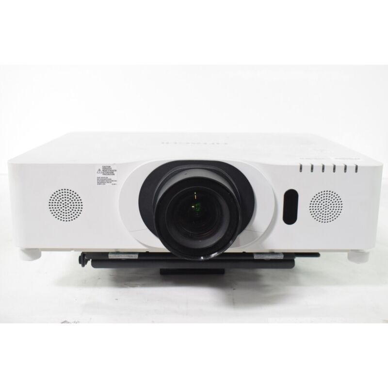 Hitachi CP-WU8440 11095H Lamp Hours Conference Room Projector