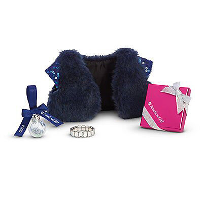 American Girl MY AG HOLIDAY ACCESSORIES (HAPPY HOLIDAY) for Doll Retired Candy