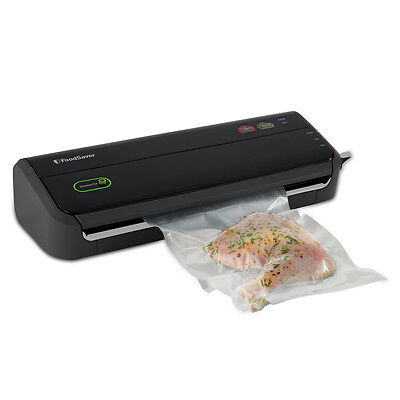 The FoodSaver FM2000 Vacuum Sealing System- Remanufactured RT-FM2000