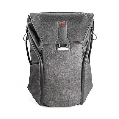 Peak Design Everyday Backpack 30L Charcoal. Premium Camera Rucksack.