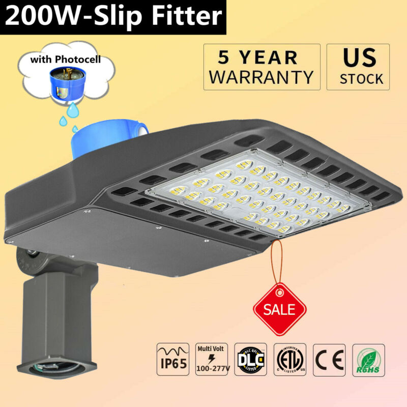 200W LED Parking Lot Light 5500k White Dusk to Dawn Street Area Lighting Lamp