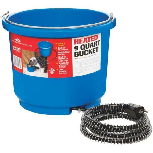 API 9 Quart Heated Bucket  Loc n Dry Long Cord!  Best for around the Farm!!