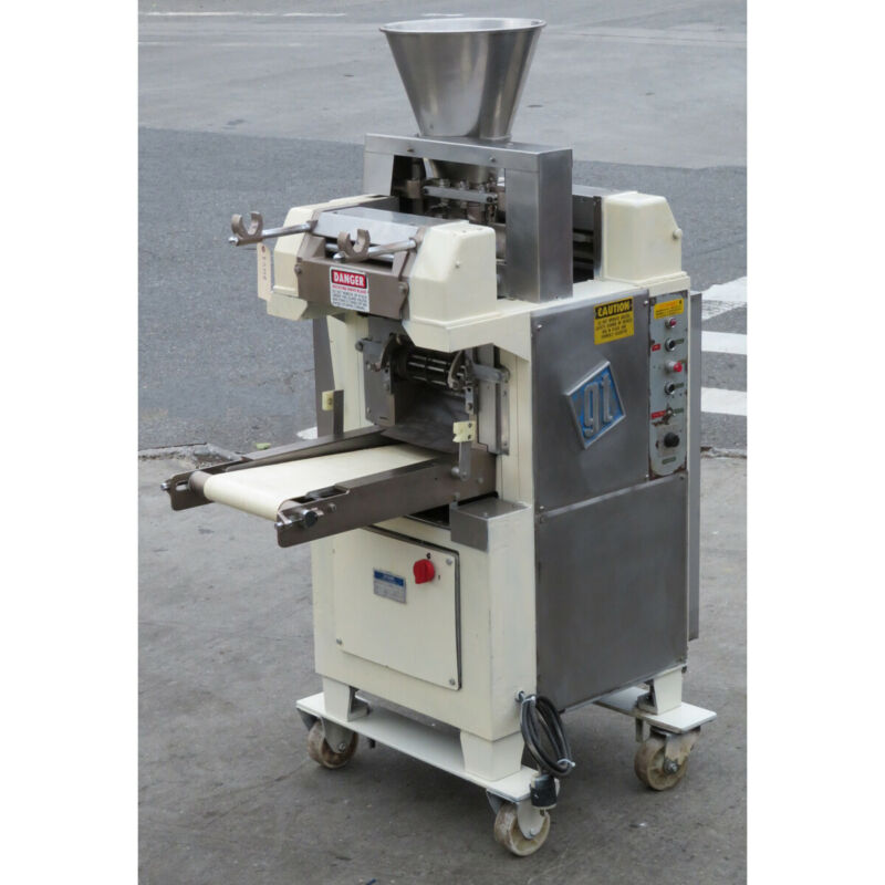 Toresani R2230A Ravioli Cutter Pasta Machine, Used Great Condition