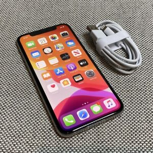 iPhone X 64GB Silver Unlocked