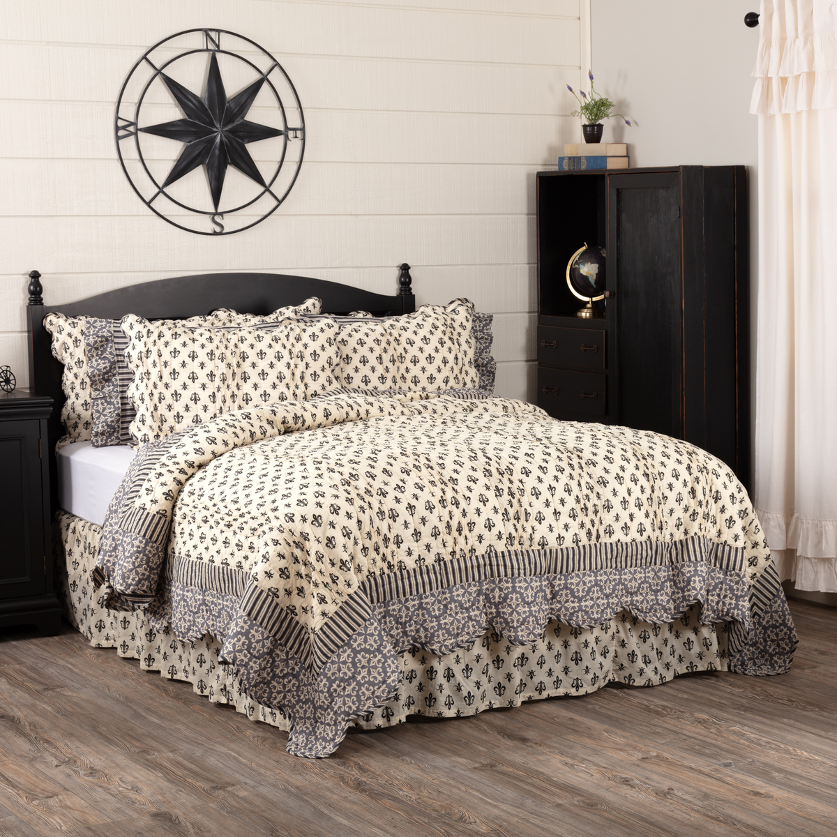 VHC Elysee Quilt  ~ French Country Fleur De Lis