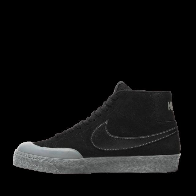 03 Nike Blazer Mid