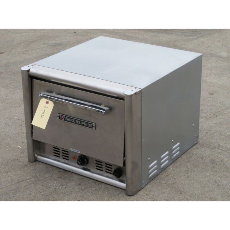 Bakers Pride MO2T Countertop Pizza Oven, Used Great Condition