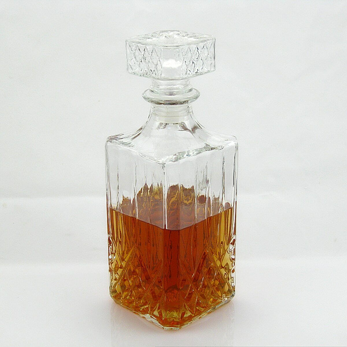 Vintage Crystal Glass Decanter 800ML Whiskey Wine Liquor Vodka Clear Bottle